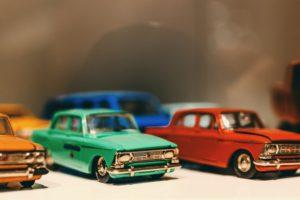 mainan anak mobil-mobilan
